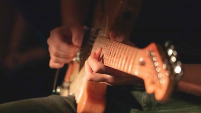 Beginner Fingerpicking Guitar